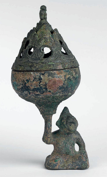 A fine and rare bronze incense burner (boshanlu)