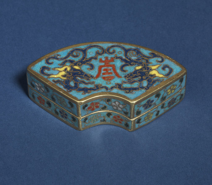 Cloisonné box and cover